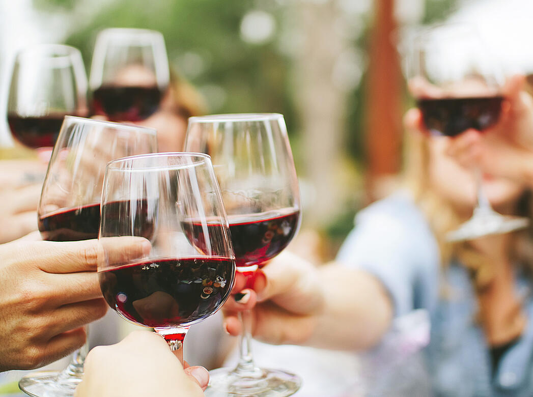 Why You Should Be Drinking This Red Wine During Warm Weather Months