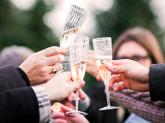 5 Reasons Why You Need Champagne on Thanksgiving