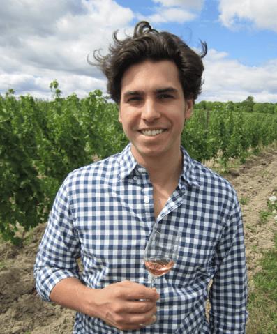 Thomas Pastuszak in vineyard